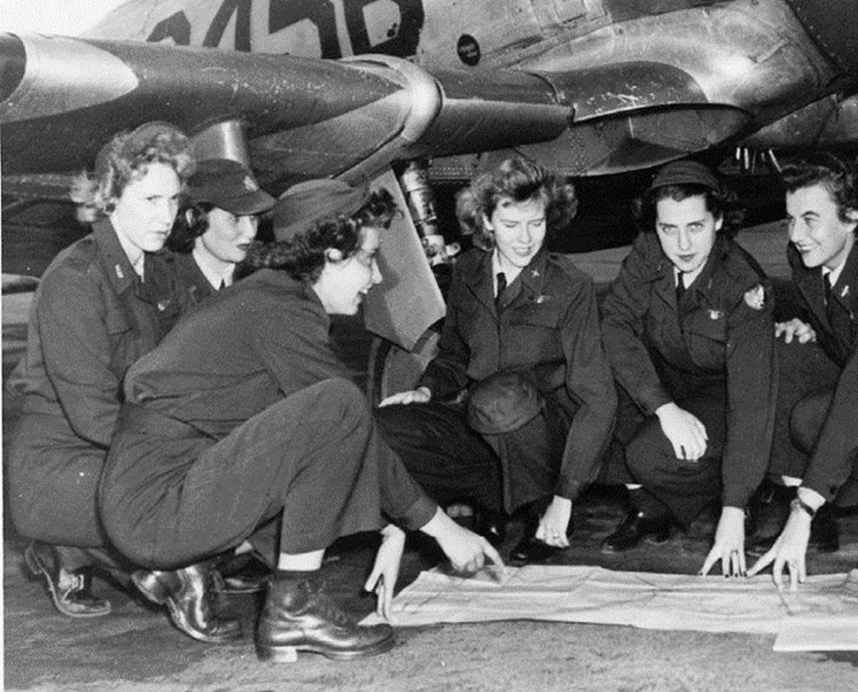 wwii female pilots
